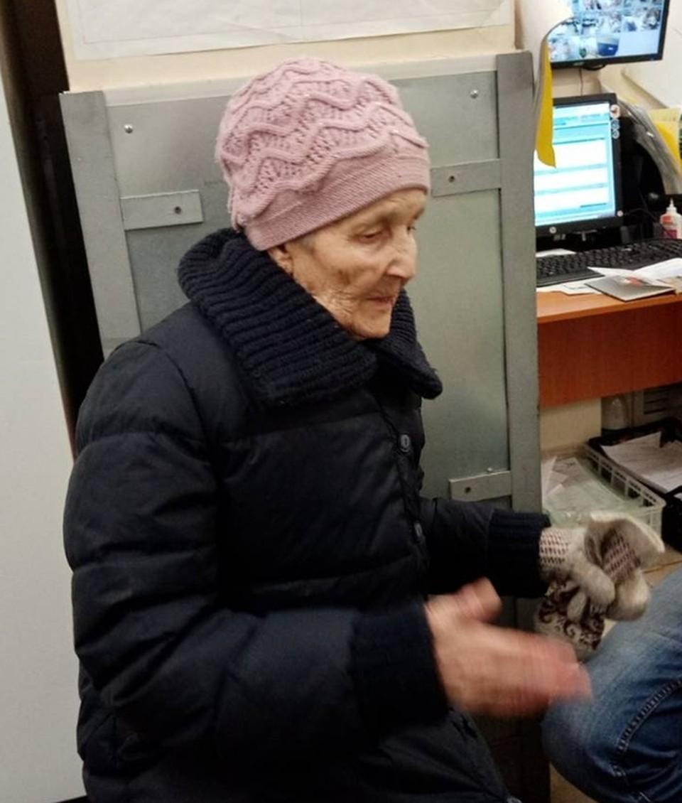 В Сыктывкаре нашли родных бабушки, потерявшей память