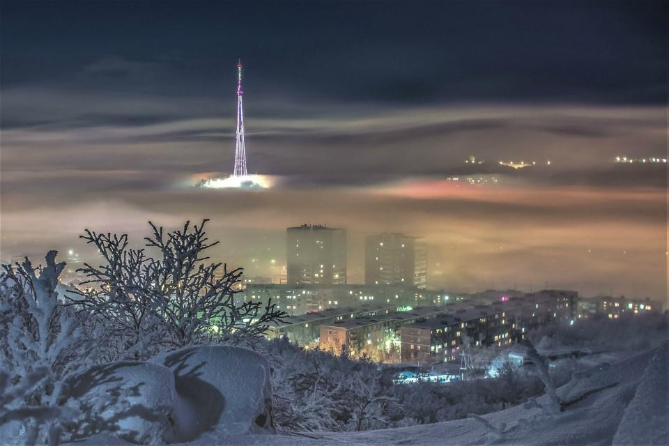 Клип северянки полон теплых чувств к заполярной столице. Фото: vk.com/murmanskgroup