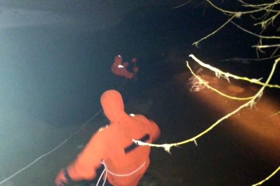 Мужчину искали два часа в воде Фото: поисково-спасательный отряд Тосно