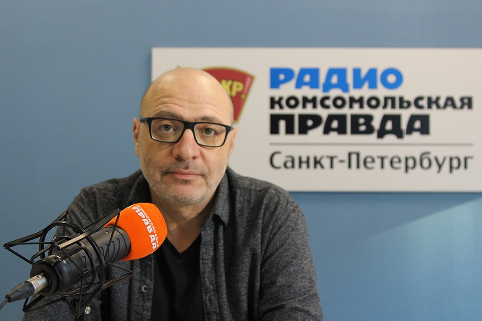 Известный педагог и блогер Дима Зицер.