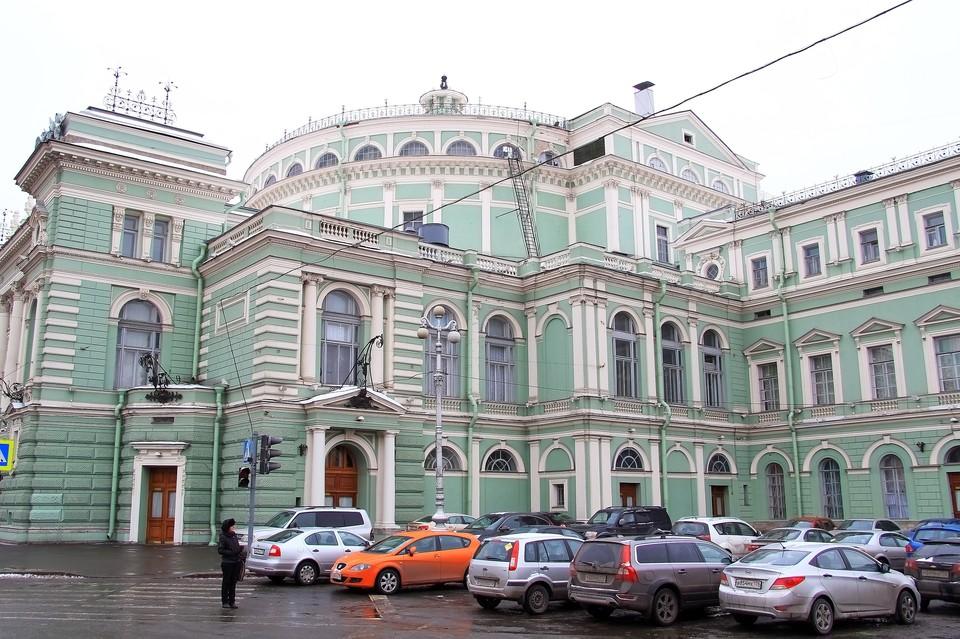 Уборщица Мариинского театра стала жертвой воров