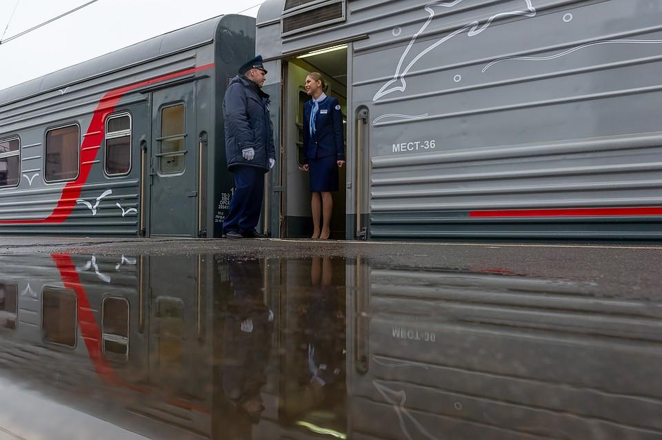 Пассажиров поезда из Петербурга отправили в обсерватор Севастополя