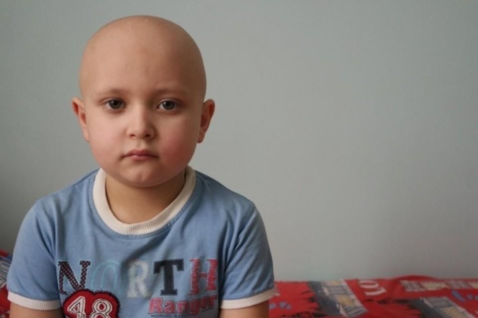 6-летний мальчик из Донецка столкнулся со смертельной болезнью. Фото: Время добрых
