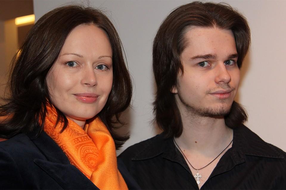 Актриса Ирина Безрукова с сыном Андреем, 2012 год.