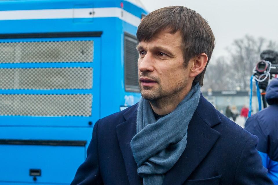 Сергей Семак отмечает 44-й день рождения.