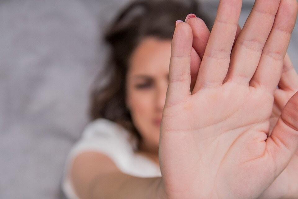 Чаще всего жертвами домашнего насилия становятся женщины и дети