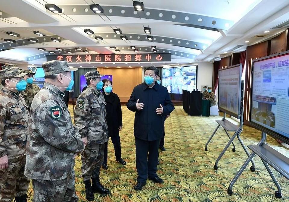 Председатель КНР Си Цзиньпин накануне посетил Ухань