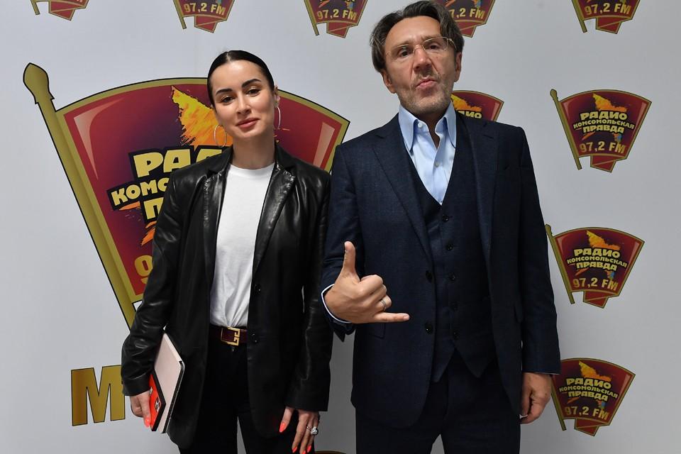 Сергей Шнуров стал гостем программы Тины Канделаки на радио «Комсомольская правда»