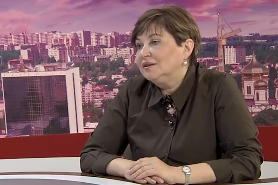 Ирина Санникова рассказывала жителям края, как уберечься от коронавируса, а сама проигнорировала все правила и не ушла в самоизоляцию. Фото: стоп-кадр телеканала АТВ