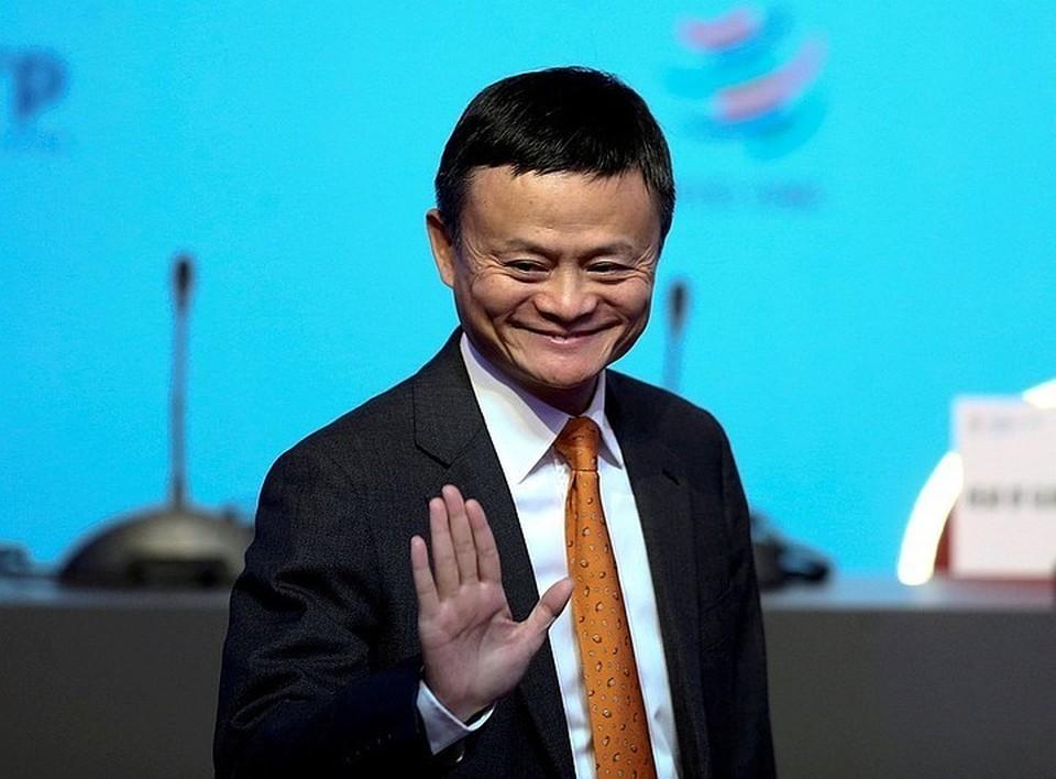 Основатель «Алибаба Групп» Джек Ма пожертвовал своих личных 100 миллионов, а компания создала миллиардный фонд