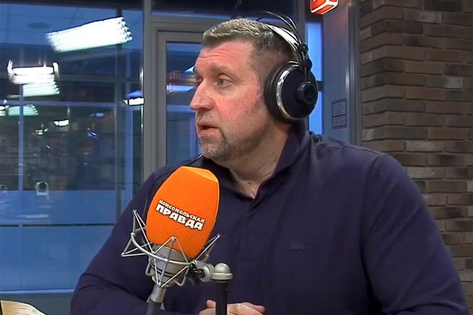Дмитрий Потапенко в студии Радио «Комсомольская правда».