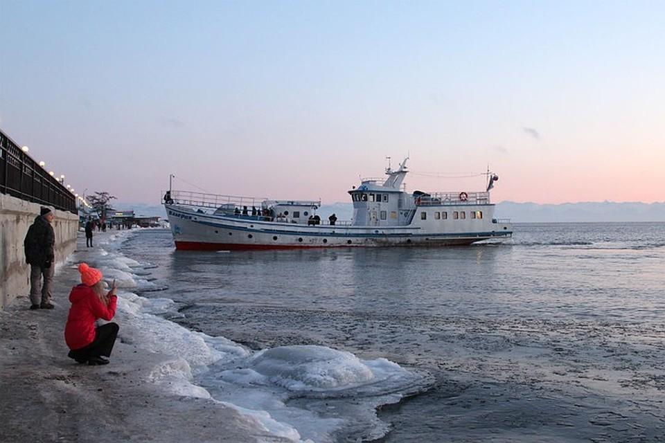 Сибиряки рванули в Листвянку, несмотря на карантин и коронавирус.