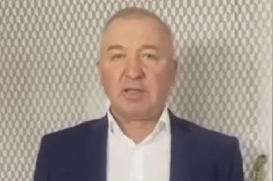 Вадим Бредний закупил 120 тысяч масок. Фото: соцсети