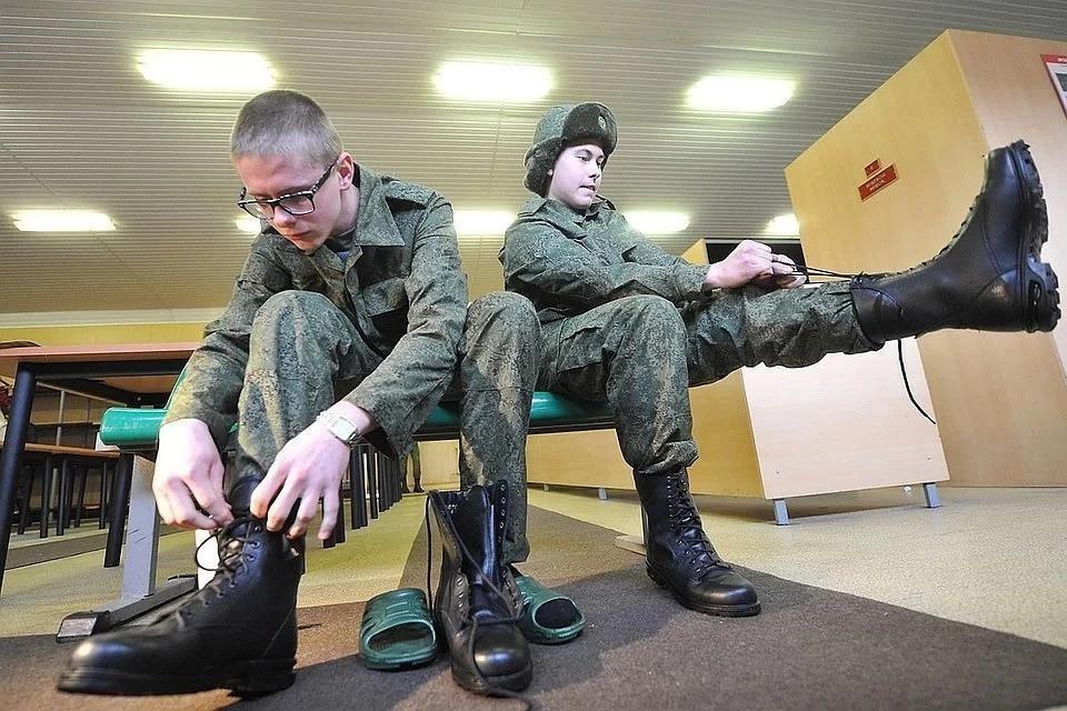 Весенний призыв в России начнется 1 апреля