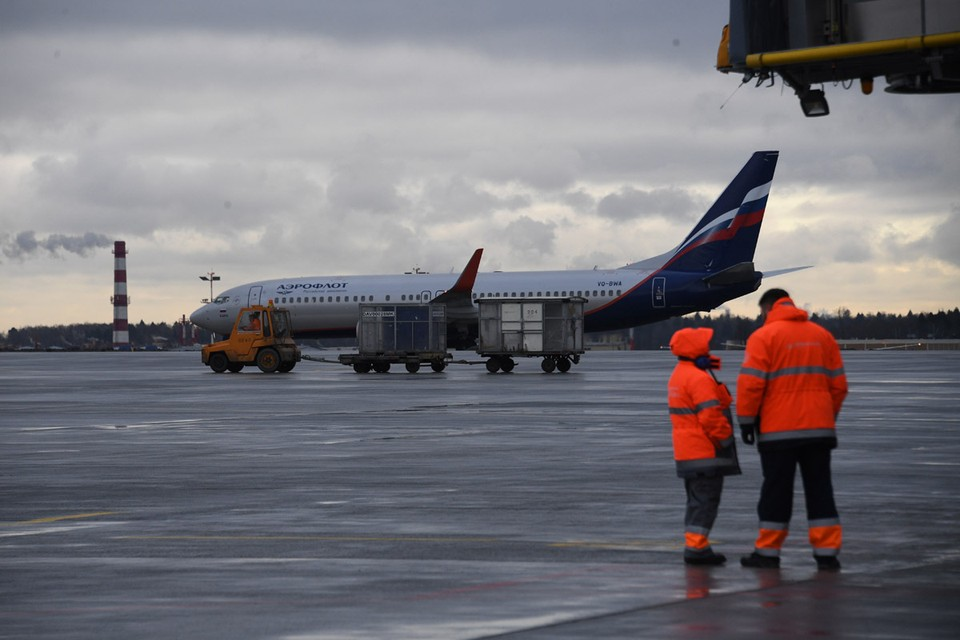 Авиасообщение было приостановлено еще с 27 марта, но до сих пор застрявшим за рубежом соотечественникам помогали вернуться домой