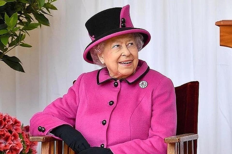 Елизавета II выступит с посланием к нации