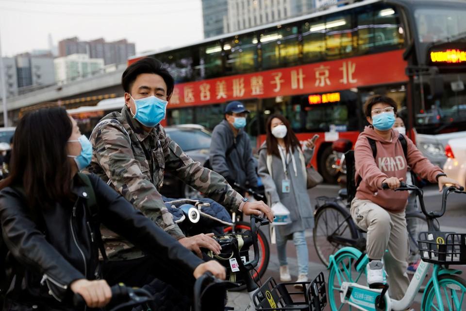 Впервые с начала эпидемии в минувший понедельник в полуторамиллиардном Китае не зафиксировали ни одной новой смерти от коронавирусного инфекционного заболевания.