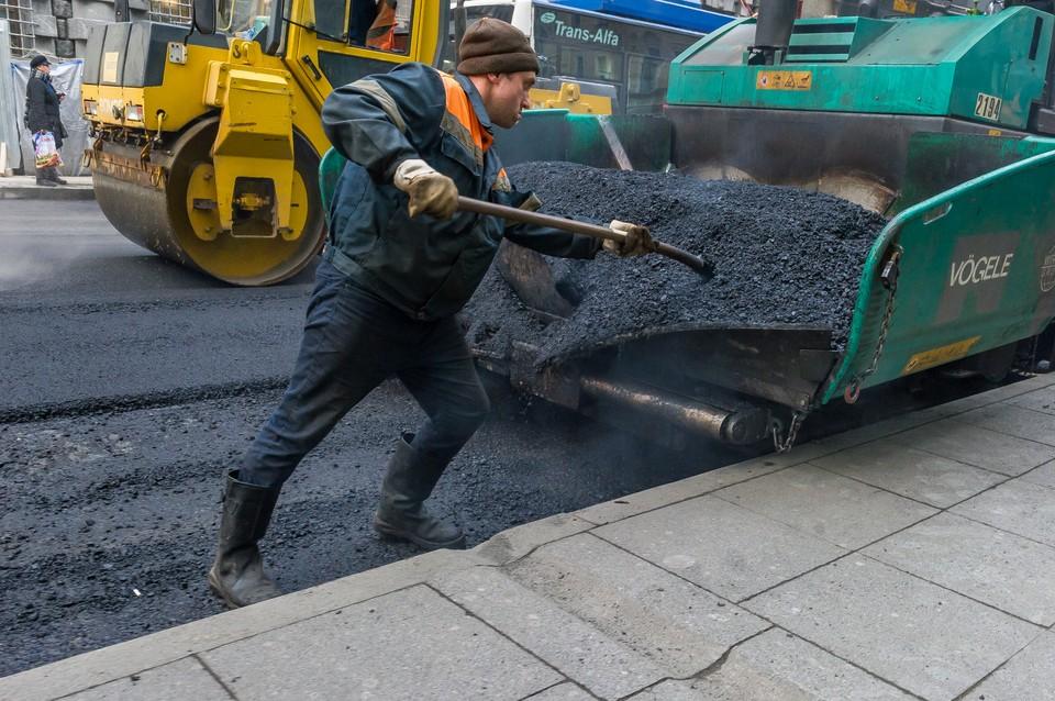 Пять заводов по производству горячего асфальта начнут работу в Ленобласти