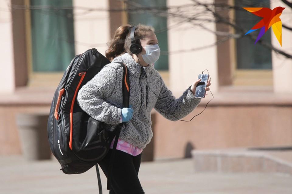 Врачи говорят, что пик заболеваемости коронавирусом в Беларуси еще впереди.