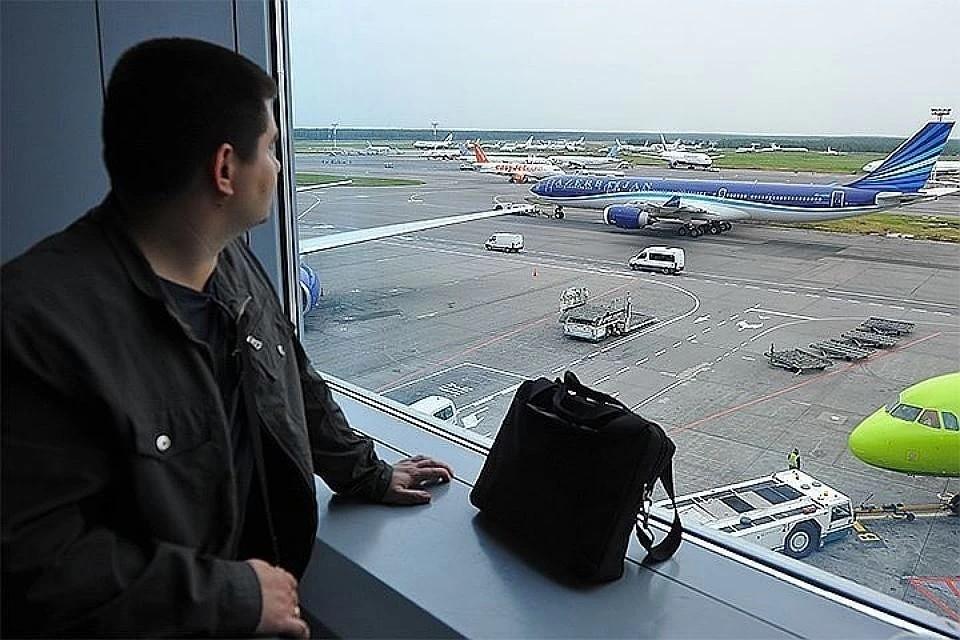 Примерно 90 человек застряли в аэропорту Сеула