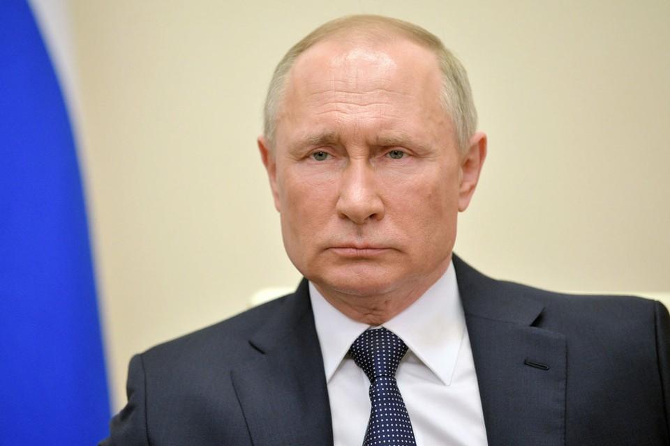 Путин предложил создать единый федеральный резерв средств защиты для медиков.