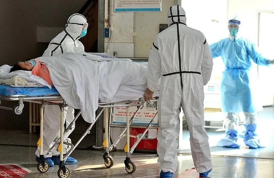 Главврач больницы в Коммунарке: пациентов с корановсрусом поступает больше, чем выписывается