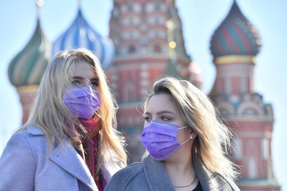 Ученые изменили прогноз по окончанию вспышки COVID-19 в России