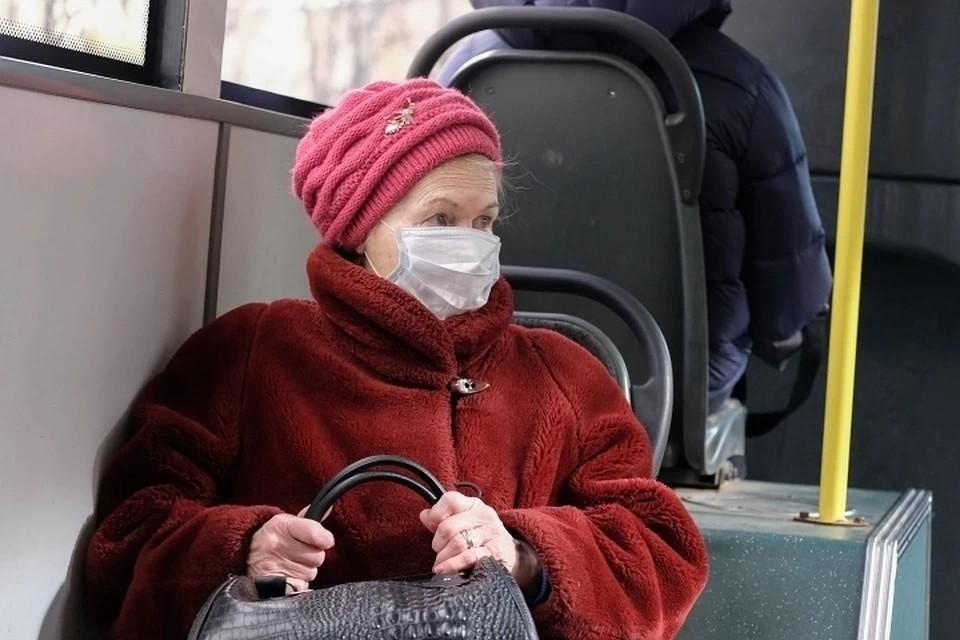 Появился список документов, необходимых пенсионерам для получения транспортной льготы для поездки на дачу в Ленобласть в майские праздники.
