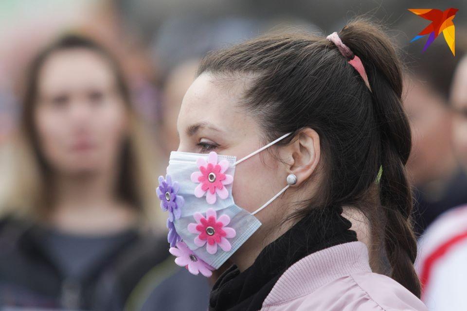 Психолог рассказала, как во время пандемии справиться с тревожностью.