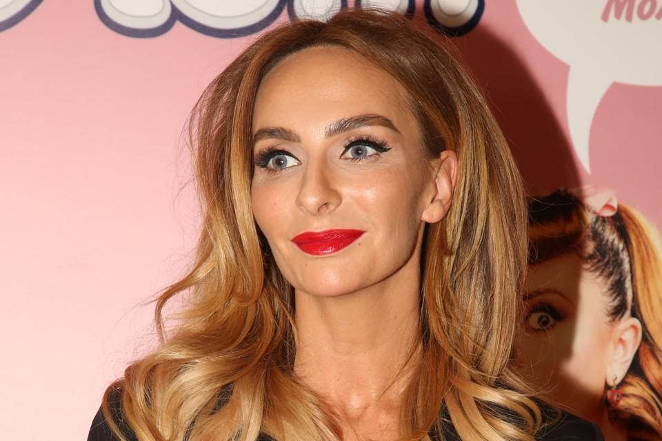 Героиней очередного выпуска youtube-шоу «Осторожно, Собчак!» стала 35-летняя актриса Екатерина Варнава.