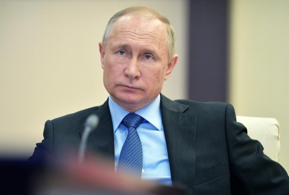 Президент уверен, что фундаментом для будущего России может быть только патриотизм