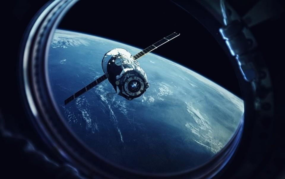 Помимо изучения климатических особенностей вокруг Северного полюса спутник займется прогнозированием погоды. Фото: shutterstock.com.