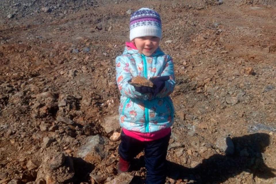 Пятилетнюю Женю клещ укусил 7 мая