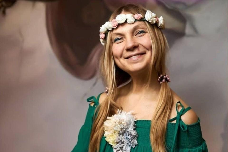 Лара Кинслер — известная ведущая праздников в Новосибирске. Фото: предоставлено героиней публикации.