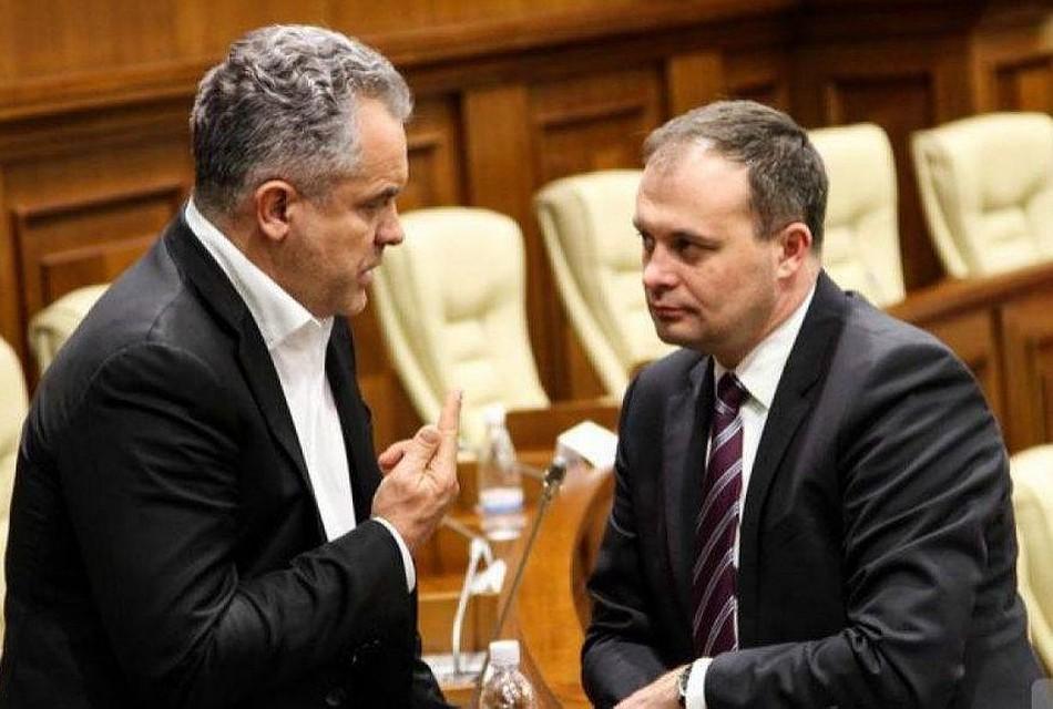 Версия экс-премьера Молдовы: Олигарха Плахотнюка породил Канду, а не наоборот