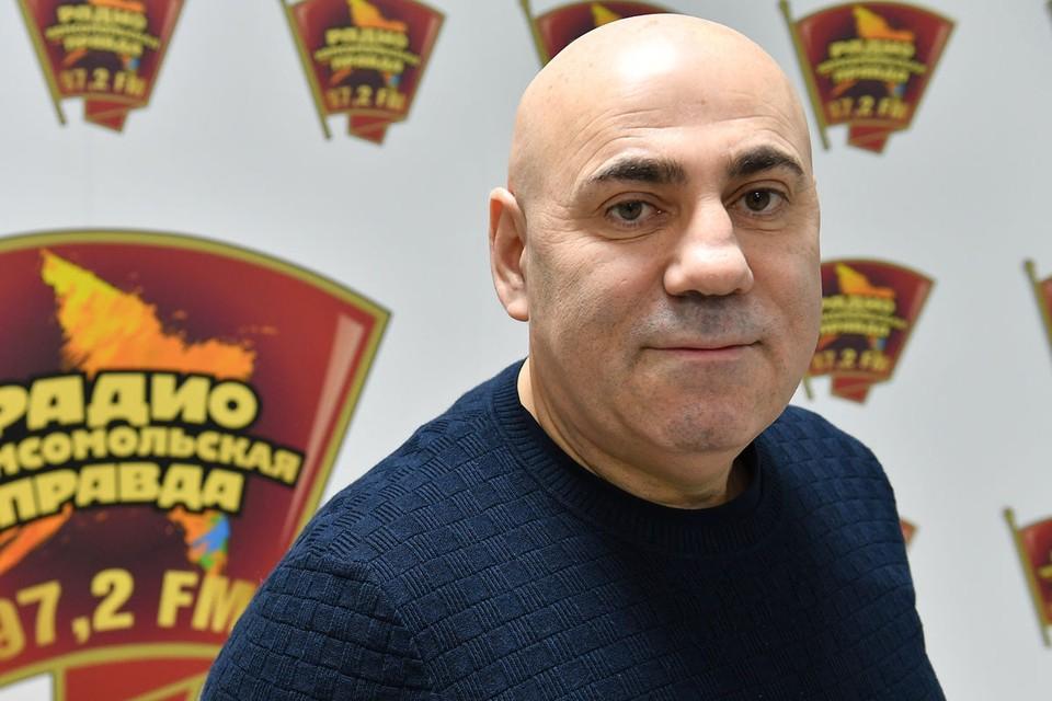 Продюсер и муж певицы Валерии ответил на обвинения в «зажратости».