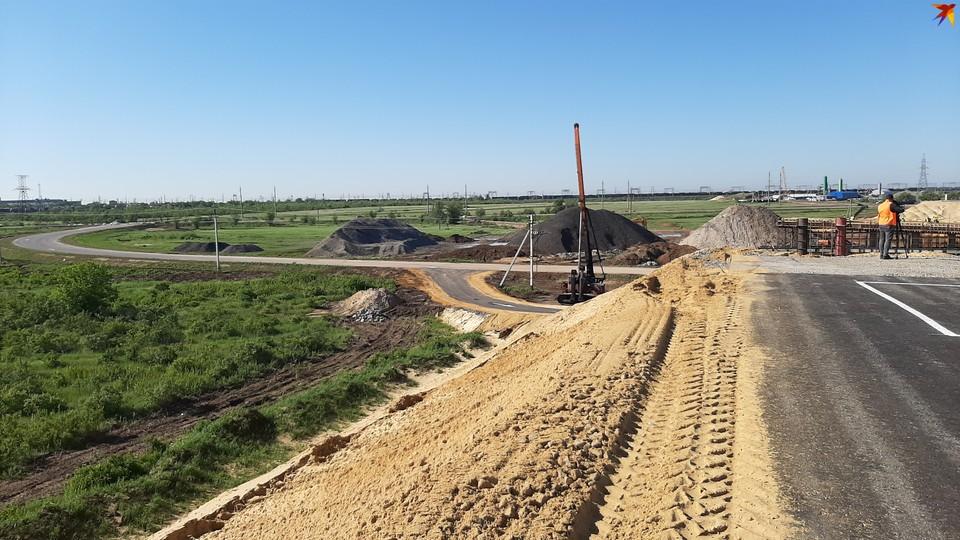 Новая магистраль пройдет в обход поселка Горьковского и над железнодорожными путями.