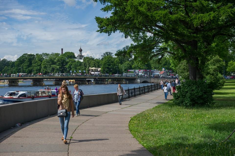 В Петербурге 30 мая 2020 будет теплая погода.