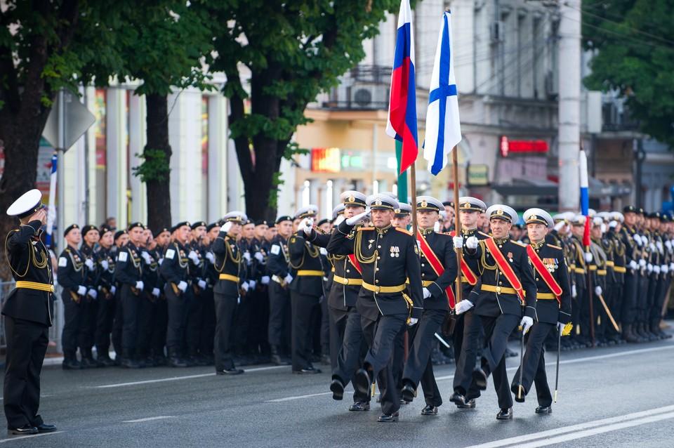 Первая репетиция парада Победы в Симферополе