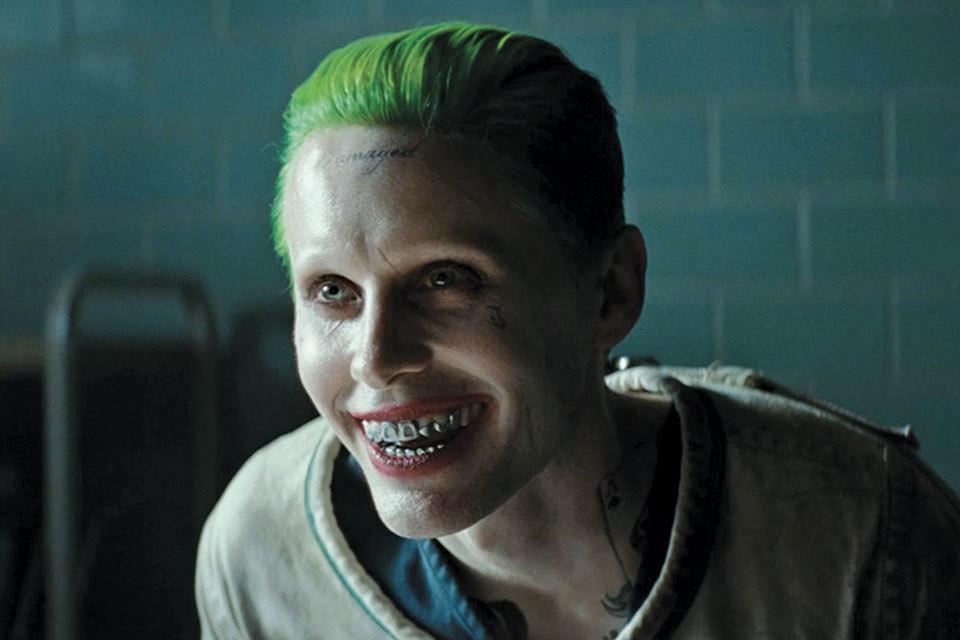 Неузнаваемый Джаред Лето в образе Джокера.