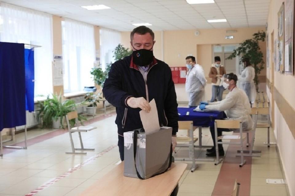Жители Тюмени четвертый день голосуют по поправкам в главный документ России