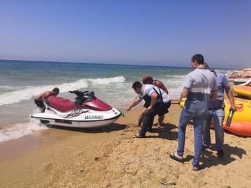 Джиппинг, ватрушки, гидроциклы: в Анапе полицейские поймали 157 нарушителей