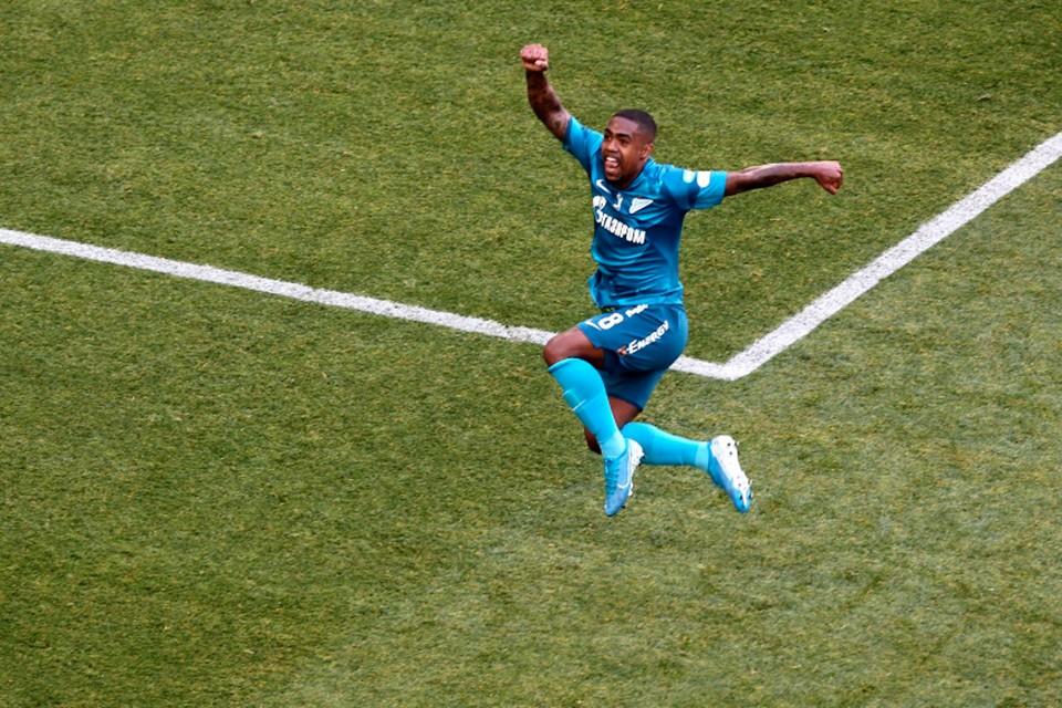 В матче Зенит - Сочи 8 июля 2020 у сине-бело-голубых отличился Малком.