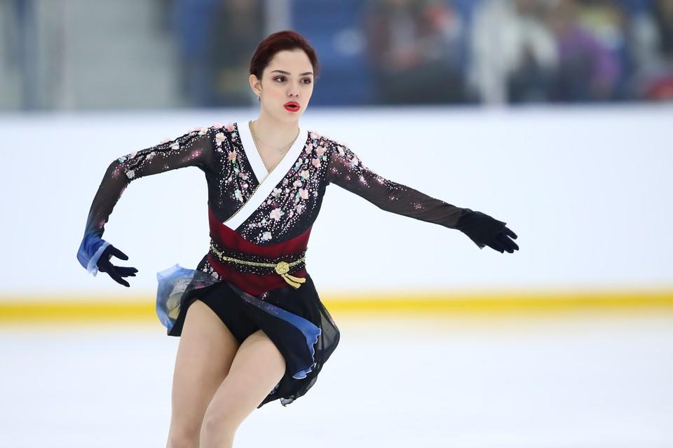 Евгения Медведева - один из кандидатов на победу в первой премии ISU.