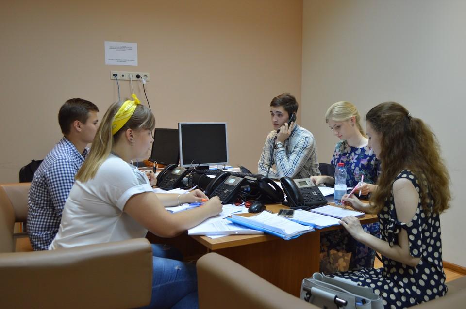 Сейчас на горячей линии по коронавирусу консультируют студенты медуниверситета