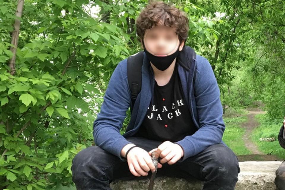 14-летний Кирилл Воронин уже месяц живет на набережной Тараса Шевченко