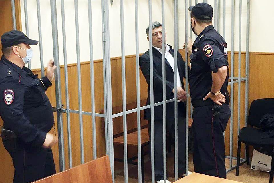 Ближайшие два месяца обвиняемый проведет под стражей. Фото: Басманный суд Москвы