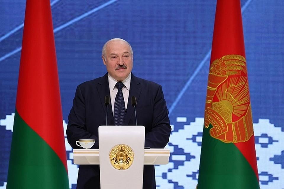 Лукашенко считает, что из-за кризиса и голода в 2020 году можно заработать на продовольствии и сельхозпродукции. Фото: БелТА.