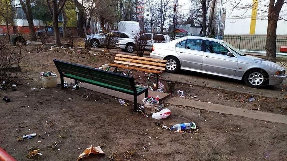 За разбрасывание мусора в Кишиневе придется отвечать леем: мунсовет одобрил регламент об уборке