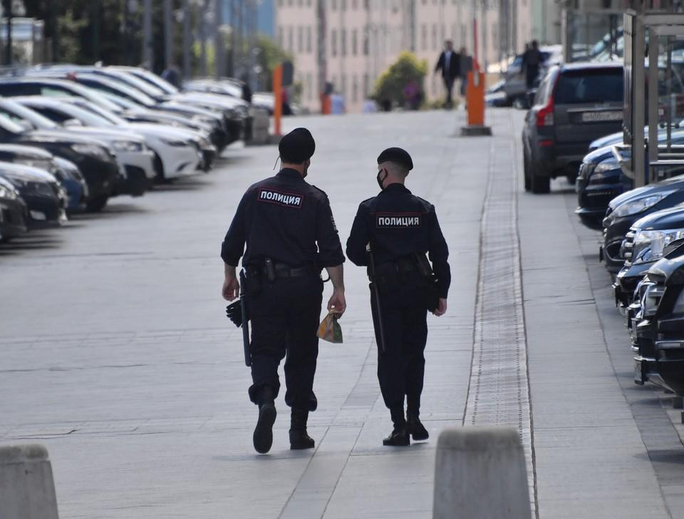 Полиция выясняет, действительно ли подозреваемый не хотел ничего красть.